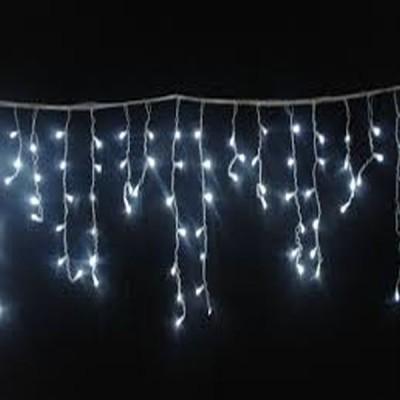 Lumina magica de Craciun cu instalatia led cu franjuri 8m , de e