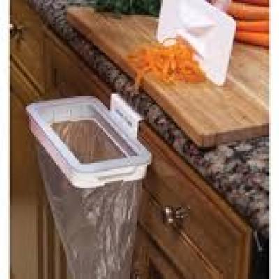 Suport cu capac pentru sac de gunoi, de prins pe usa