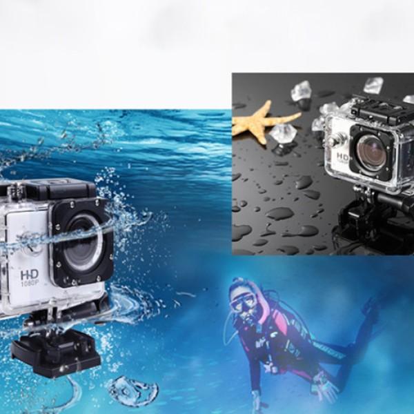 Camera Sport iUni Dare rezistenta la apa+ card 8GB