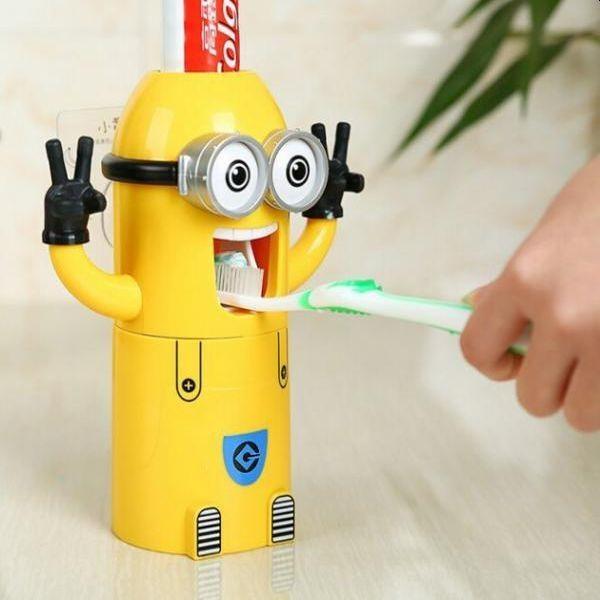 Dozator pasta de dinti pentru copii, in forma de Minion
